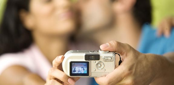 מצלמה דיגיטלית / צלם: פוטוס טו גו